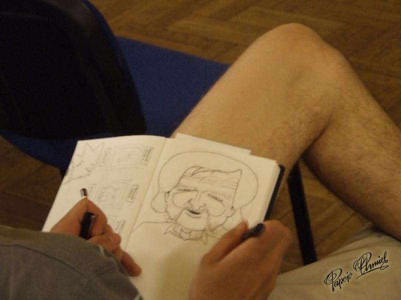 portret Papcia na żywo podczas spotkania przez fana na kolanie uczyniony.
